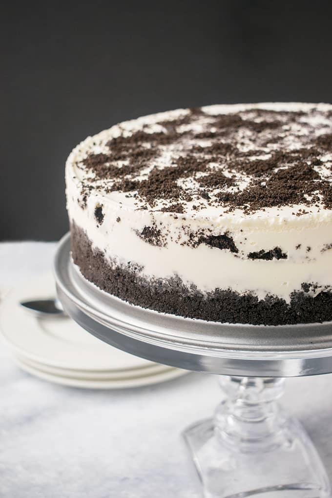Amazing Oreo Ice Cream Cake Recipe with Caramel