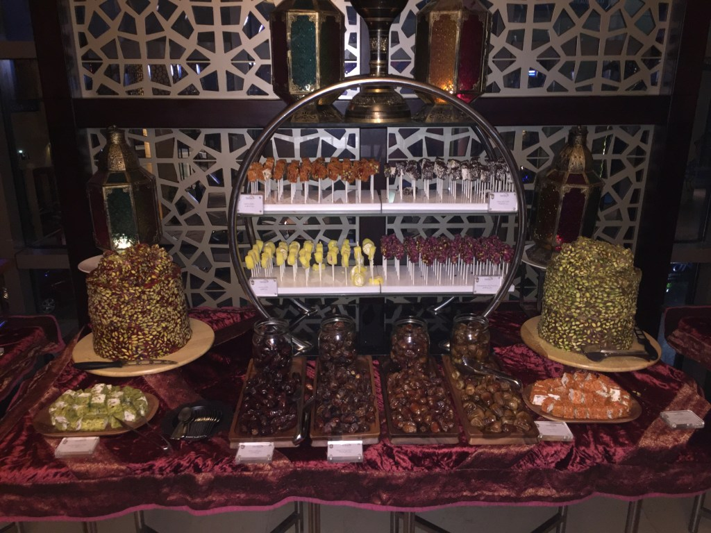 Iftar at Horizon, Amwaj Rotana