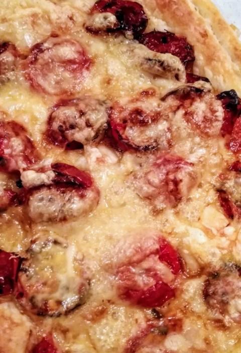 torta salata con pomodori confit