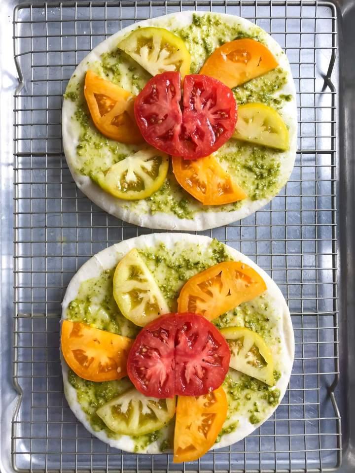 tomatoes on veggie pizza recipe