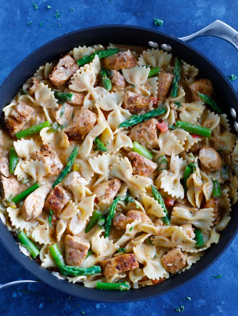 One Pot Chicken Fajita Pasta