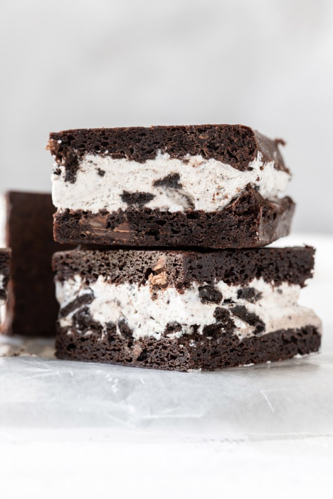 oreo ice cream sandwich stack