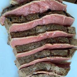Sliced seared picanha