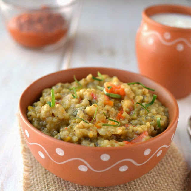 Bajre Ki Khichdi (Pearl Millet/ Sajjala Khichdi)