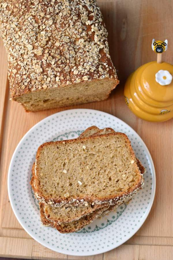 No Knead Honey Oat Bread