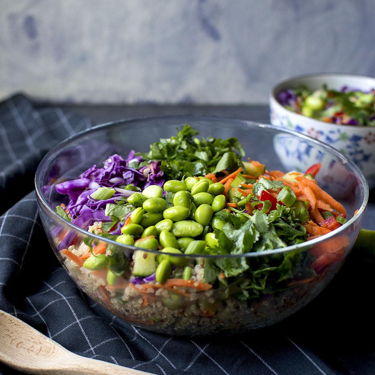 Thai Quinoa Salad with Peanut dressing Recipe | Cook's Hideout