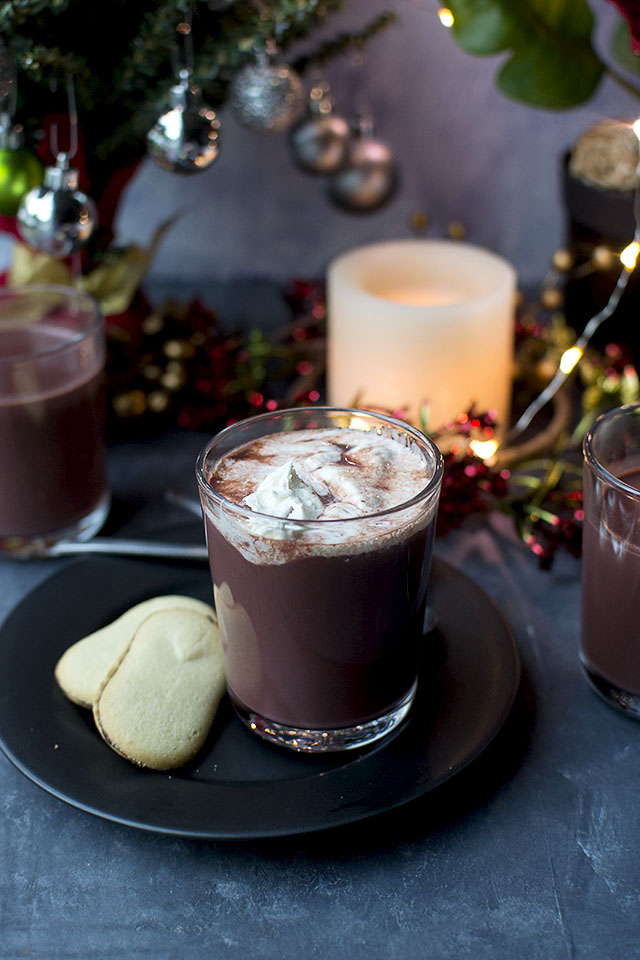 Hot Chocolate with Red Velvet flavors