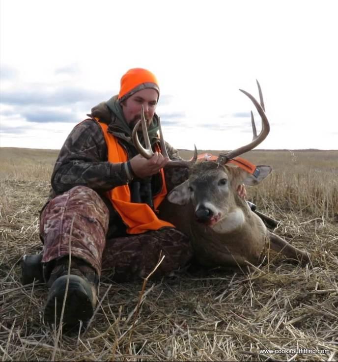 trophy-deer-hunts-saskatchewan (1)