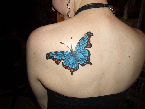 Elegant Butterfly Tattoos- Enhanced With Flower Designs | Cool Animal