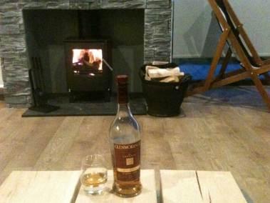 natural-retreats-john-o-groats-fireplace