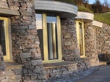 stonehouses-treetop-house-exterior-windows