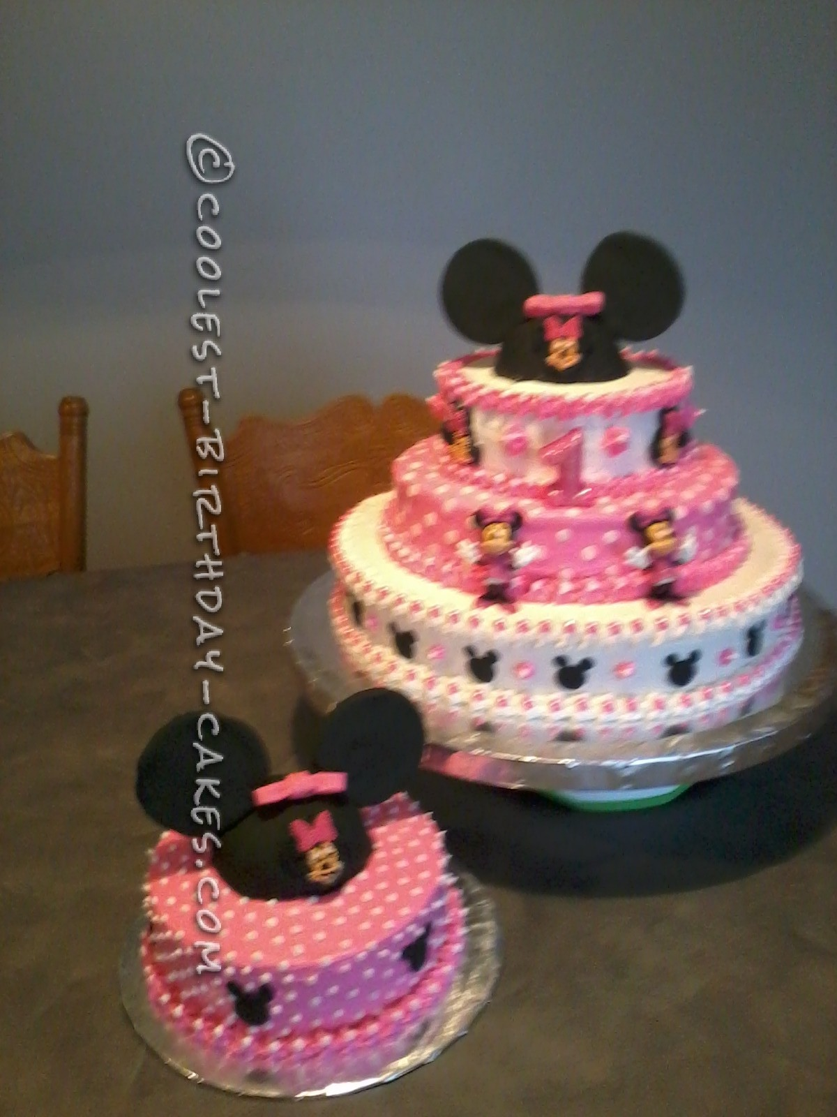 Coolest Minnie Mouse Cake For A 1st Birthday