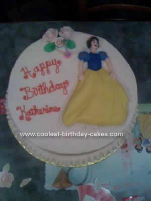Cool Homemade Snow White Cake Design