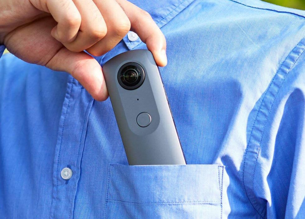 Ricoh Theta V 4K in pocket
