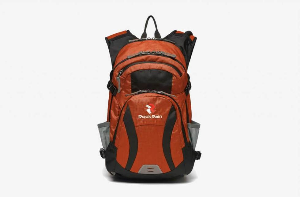 ROCKRAIN WindSeeker With Insulated Hydration Bladder