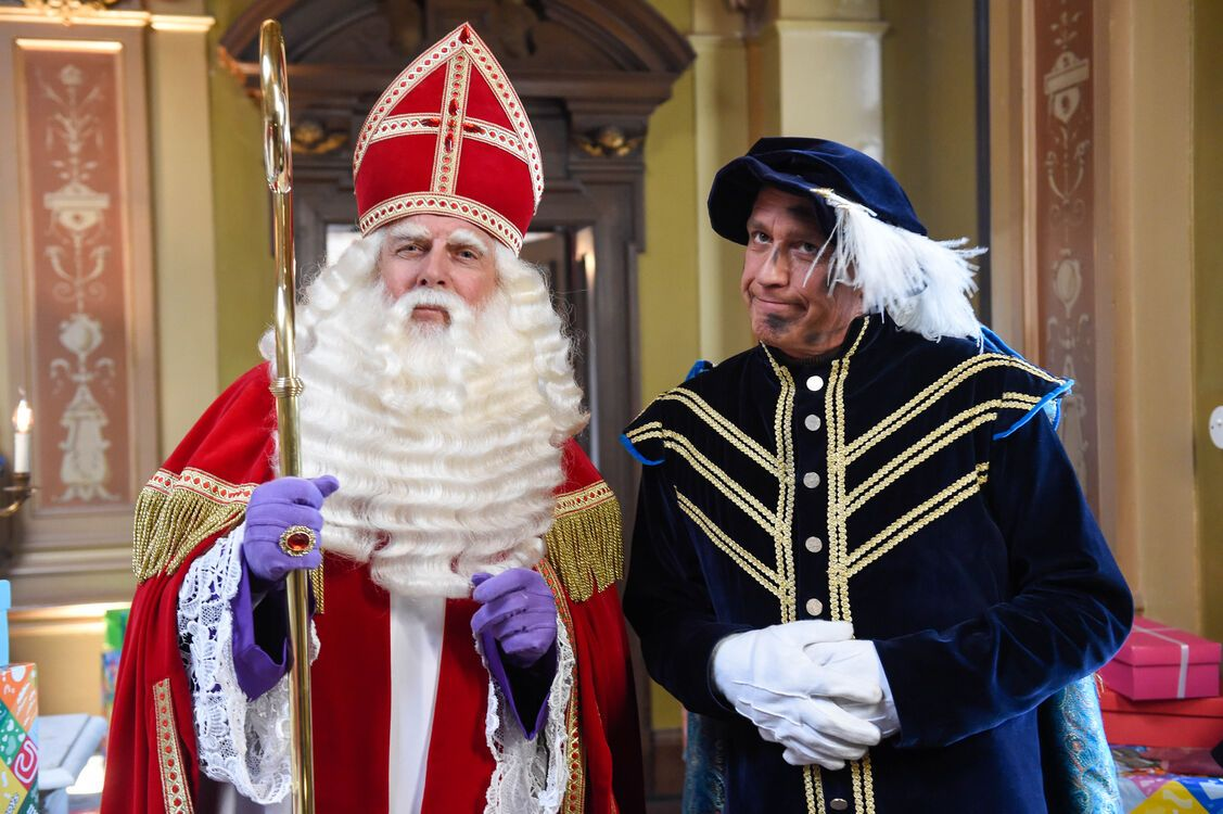 De Grote Sinterklaasfilm Trammelant in Spanje st 7