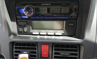 オーディオ取り付け(冷凍車)