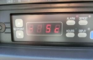 中温冷凍車 コントロールパネル
