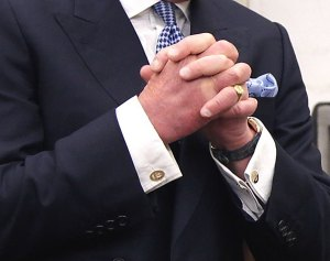 Buttonhole-Close-To-Edge-On-Double-Cuff