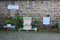 La balance pour peser les ruches, utilisable par une seule personne sans effort, présentée par Roland PERBET