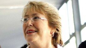 Bachelet aparece fortalecida y controlando la agenda legislativa cumplidos 10 meses de su regreso a La Moneda.