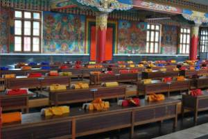 Tibetan-temple,-Bylekuppe