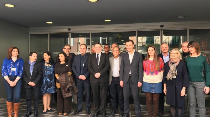 El presidente de la Generalitat confirma el inicio este año de las obras del Instituto número 11 y de los colegios La Paz y Las Bayas