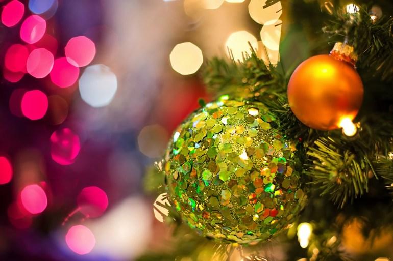 christmas-bulb-1823941_1280
