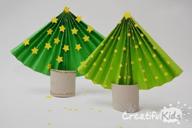 Cum sӑ faci dintr-o  hârtie un pom de craciun - simplu Artizanat de Crăciun