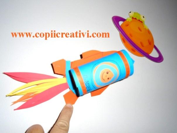 racheta-si-planeta
