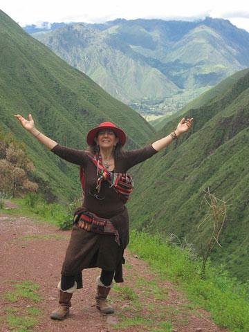 Copperwoman Chinchero Walk