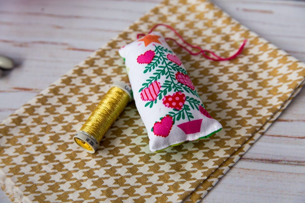 how-to-sew-christmas-ornaments