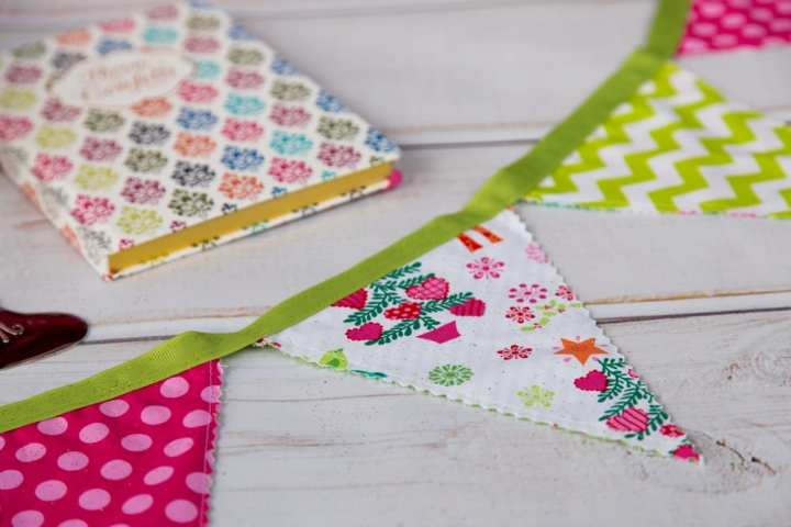DIY-Christmas-Bunting-Tutorial