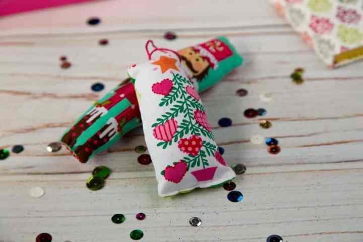 stuffed-christmas-tree-ornametn-tutorial