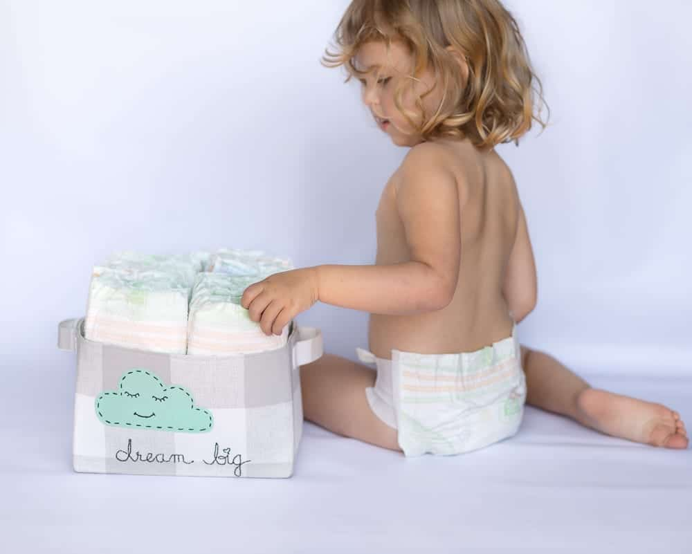 diy-fabric-diaper-caddy-tutorial