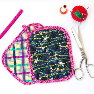 Free Quilted Potholder Pattern – An Easy Pot Holder Pattern and Tutorial