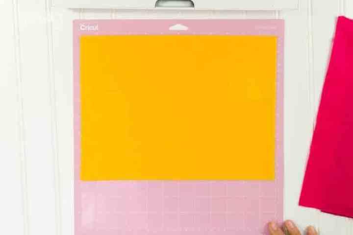 add-felt-to-cricut-fabric-cutting-mat