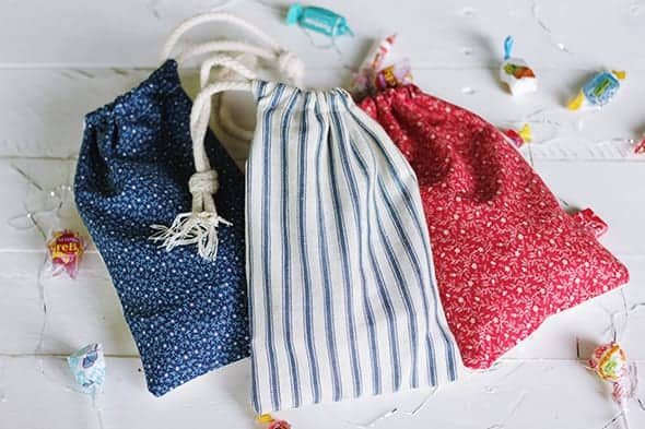 4th-of-july-candy-pouches-say-yes