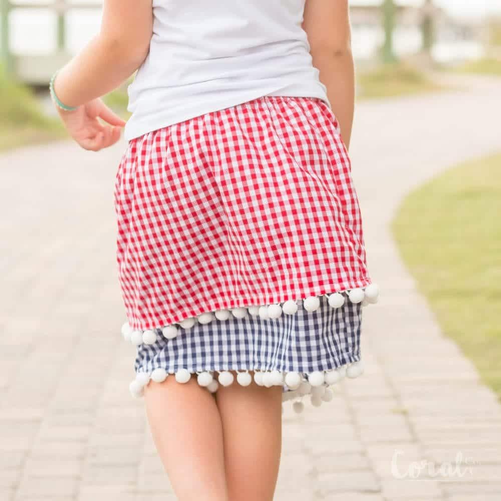 pom-pom-skirt-tutorial