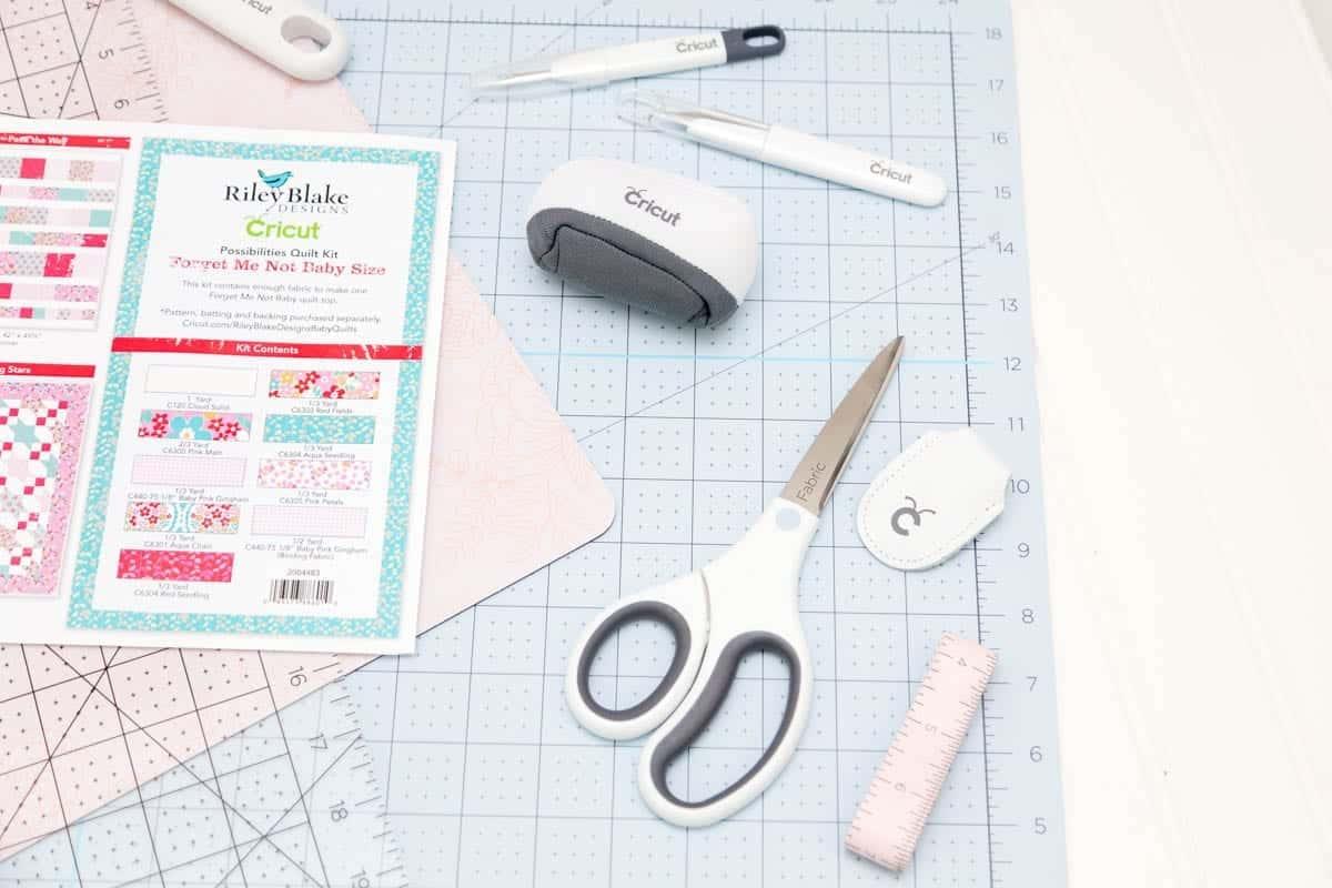 cricut-sewing-kit