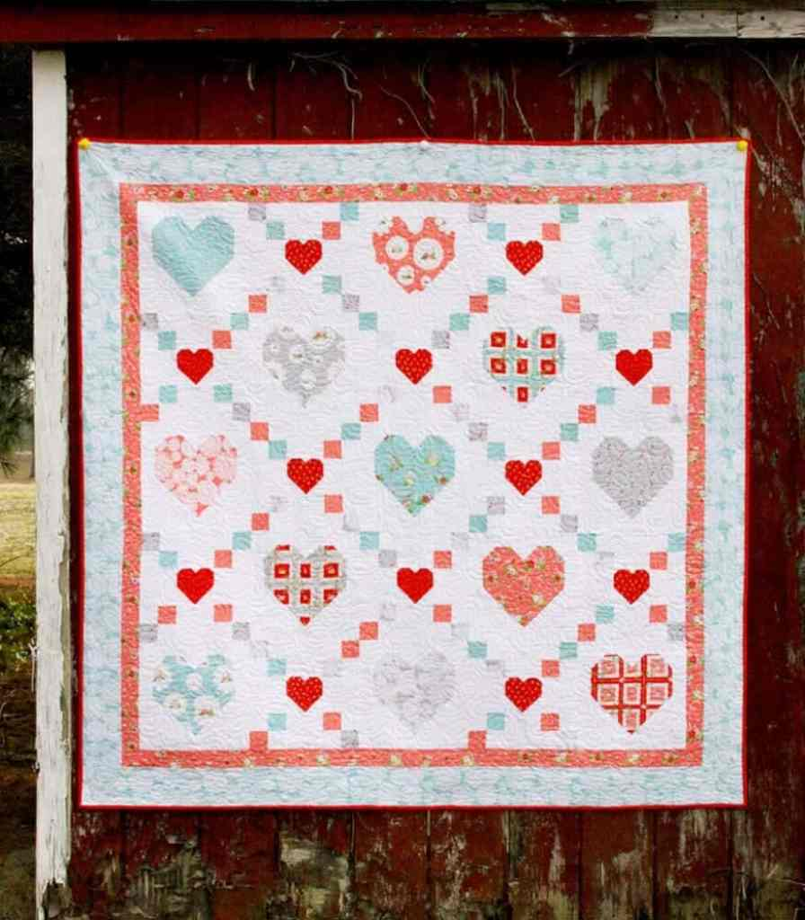 Heart-and-Kisses-Quilt