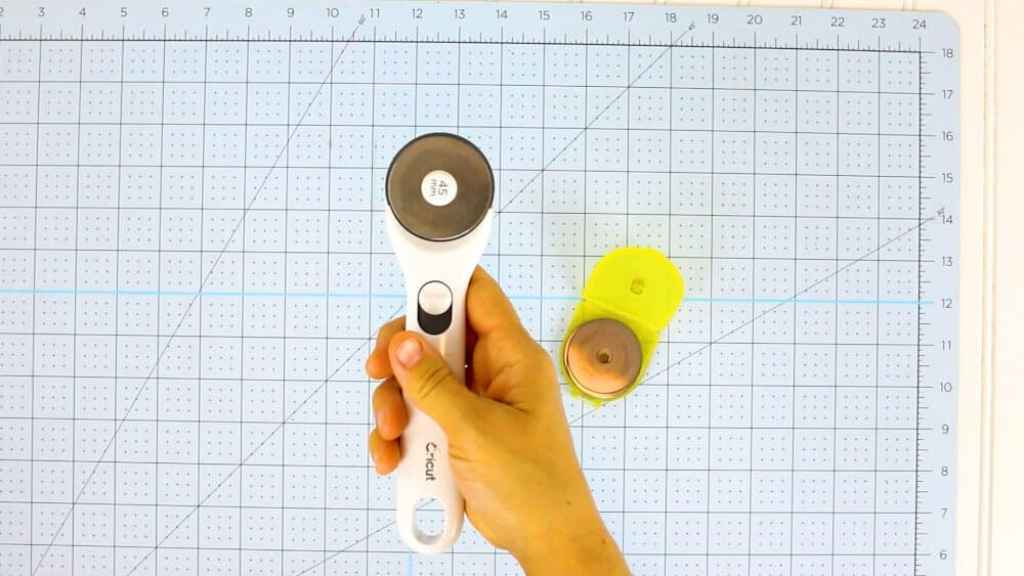 how-to-use-a-rotary-cutter