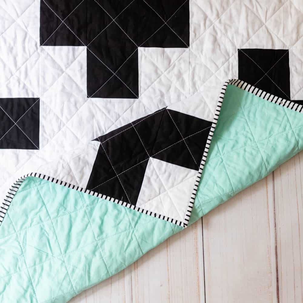 swiss-cross-quilt-pattern