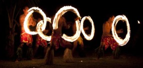 Fire dancing at Mango Bay Resort – Fiji's first Flashpacker Resort