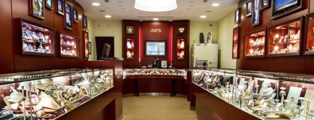 jae 39 s jewelers miracle mile 39 s oldest fine jewelry