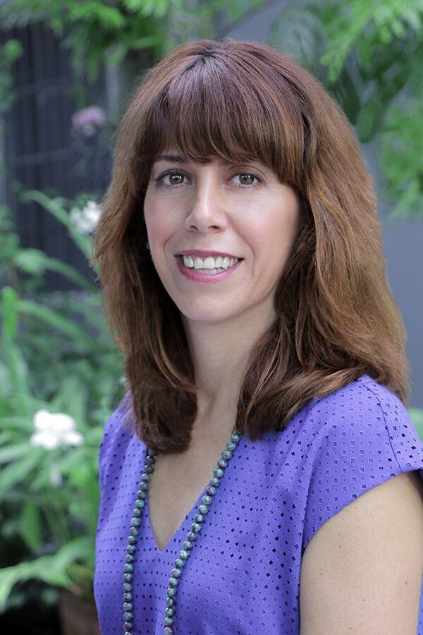 Elke Zen Spot nutritionist and practitioner