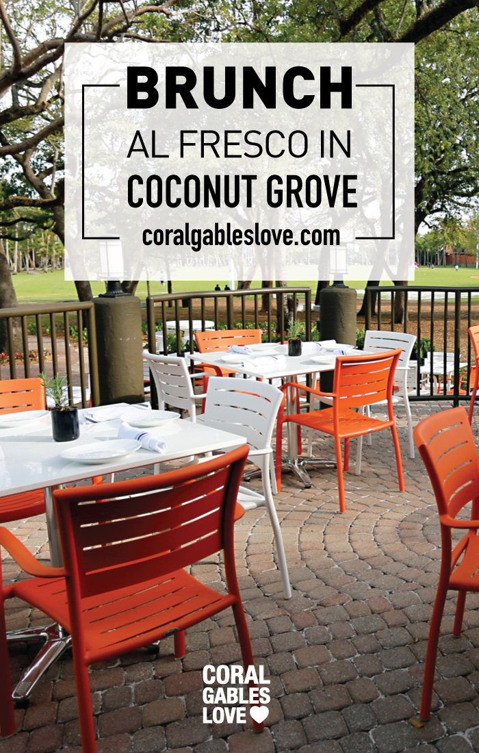 The outside seating from restaurant Glass & Vine in the Grove. It's AMAZING! You feel like you're dining in Central Park. Click to read more or pin and save for later! Coral Gables | Miami | Coconut Grove | Florida