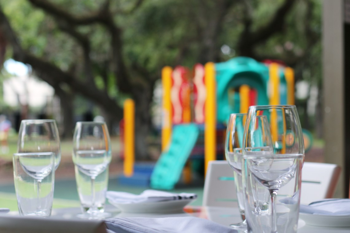 Kids can play at the park with you enjoy a bite at the restaurant Galss & Vine in Coral Gables. Key Lime French Toast from restaurant Glass & Vine in the Grove. It's AMAZING! Click to read more or pin and save for later! Coral Gables | Miami | Coconut Grove | Florida