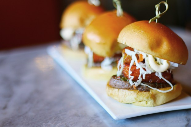 Best Burgers in Coral Gables: Nica Burger from Swensen's restaurant - Miami, Florida