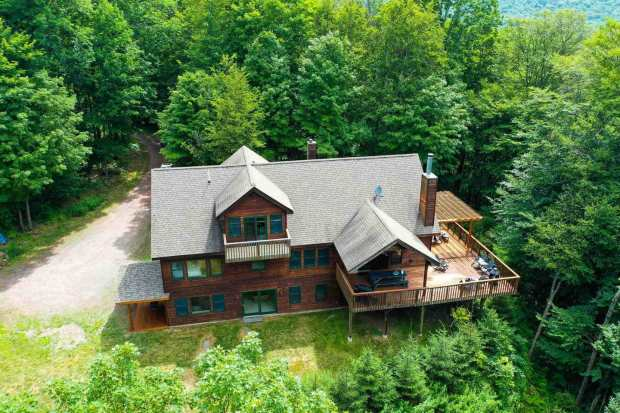 Where To Stay in West Catskills NY - Luxurious Cabin in the Woods